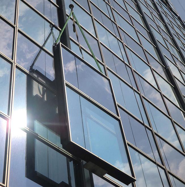 Светопрозрачные фасадные конструкции из стекла - изготовление и квалифицированный монтаж