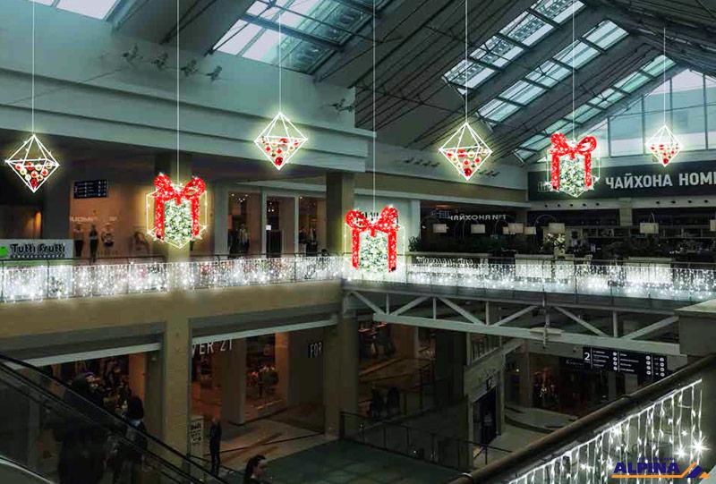 Пример оформления торгового центре к Новому Году