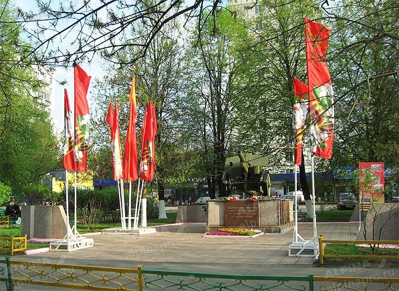 Объёмно-декоративные конструкции Два флагштока